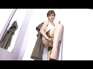 milf in changing room gloryhole
