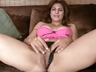breasty mature explores her body