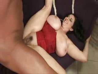 mature big beautiful woman bonks a big dong