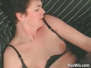 older doxy sucks cock and get p4ssed