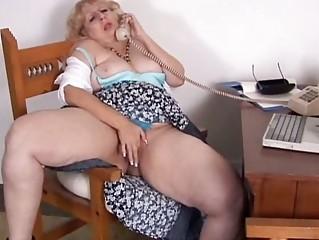 mature big beautiful woman phone sex