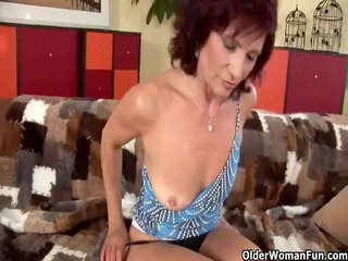 hot grandma finger bonks her curly cum-hole