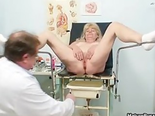 golden-haired grandma gets her juicy vagina part1